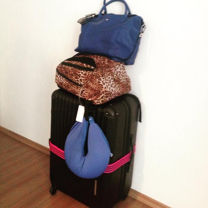 Essa é a mala pra viagem de 1 ano pelo mundo da Fê!